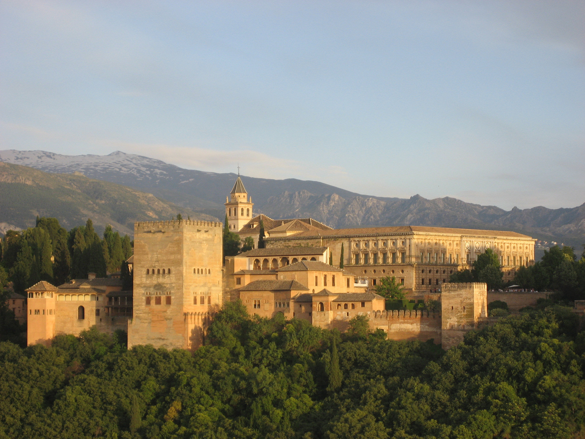 Granada's Unspoken Side: 12 Ways to Blend in with the Locals