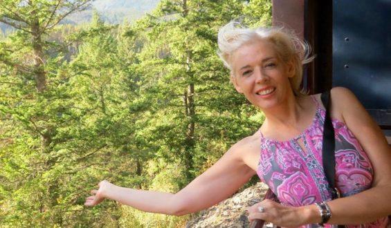 Storyteller Carol Perehudoff | Wandering Carol